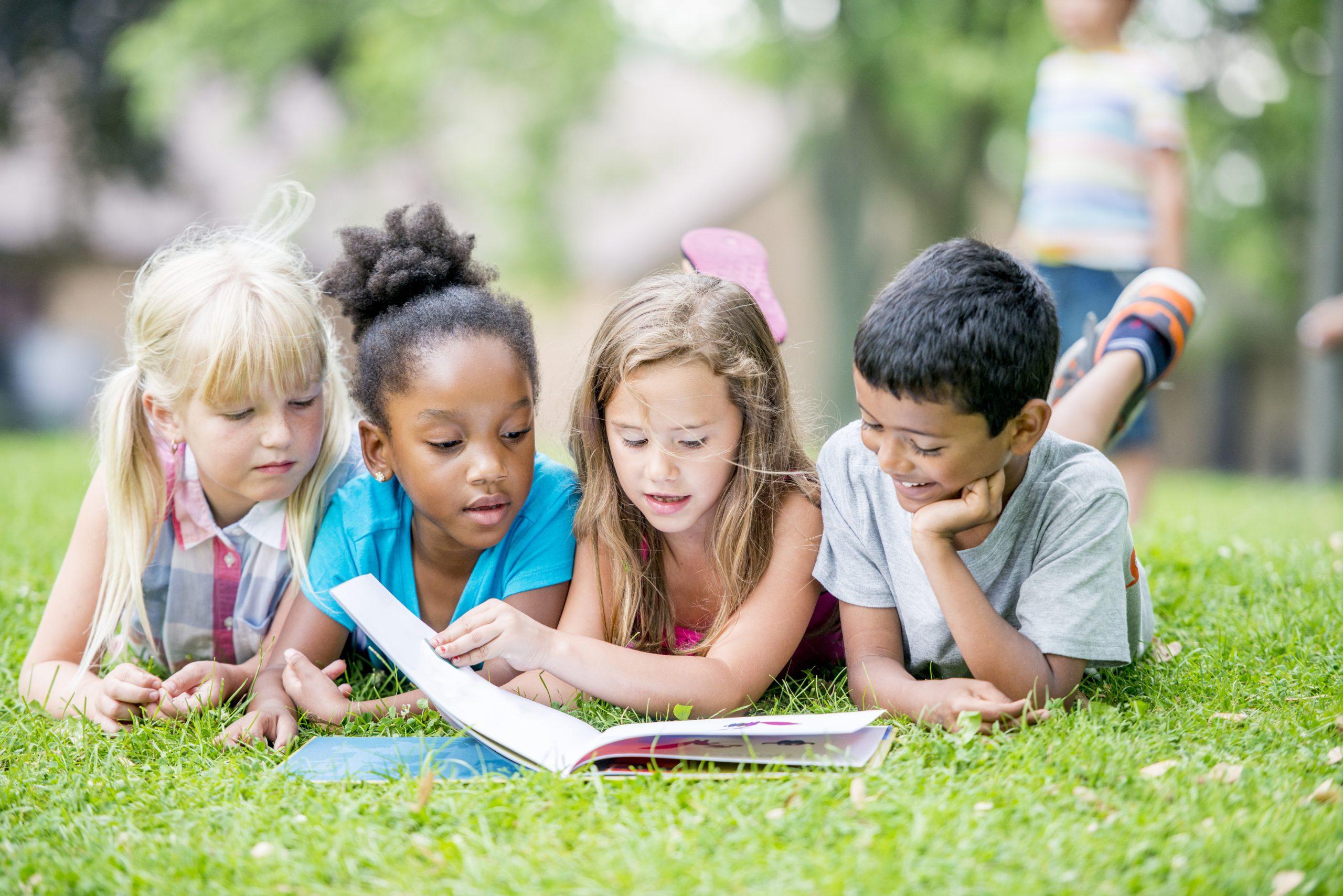 Lisons au jardin